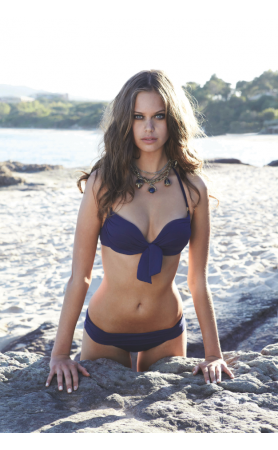 Tortola Underwire Bikini Top in Navy