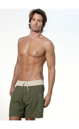 Classic Banded Pocket Short in Olive / Natural